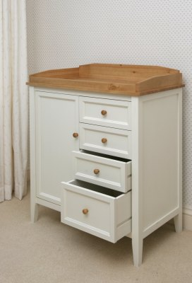 WHITE PAINTED NURSERY FURNITURE | Bedding & Furniture